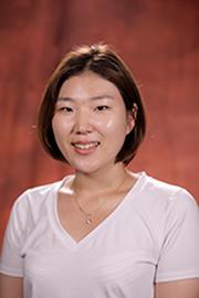 Yuna Son